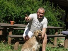 Waldek z psem Maksem, ojcem Frutka